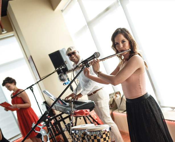 Live cuba band music flute