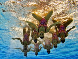 Synchronized-Swimming-13